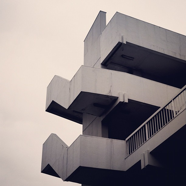 97-great-atmosphere-architecture-photography-building-geometry