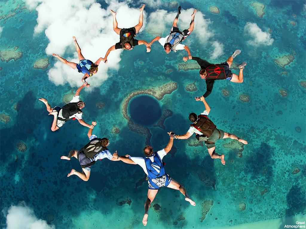 Great Atmosphere – Skydiving At The Blue Hole