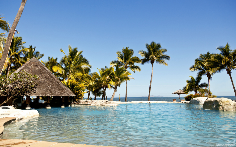 great-atmosphere-166-Summer-Beach-Beautiful-views-of the-beach-bungalows-for-desktop-1