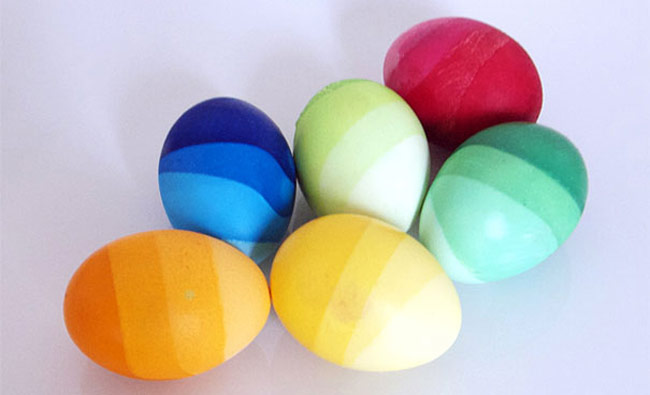 Easter-Eggs-7-Keep-Adding-Water-to-the-Color-2