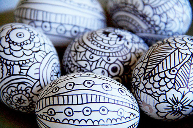 Easter-Eggs-9-Use-Permanent-Marker-2