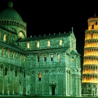 Leaning tower of Pisa, Italy, by night.