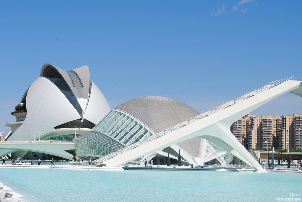 Santiago_Calatrava_city_of_arts_and_sciences_spain-travel_architecture_2013_beautiful_photography_design_181_1