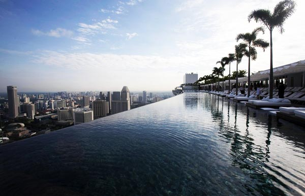 14-Marina-Bay-Sands-Resort-Singapore-beautiful-traveldestinations-2013-swimming-pool-photography
