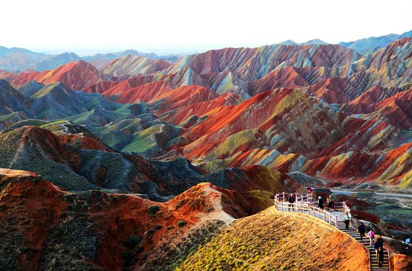 16-Zhangye-Danxia-Landform-China-great-atmosphere