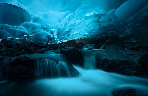 5-Mendenhall-Ice Caves-Juneau-Alaska-greatatmosphere-travel-nature-landscapes