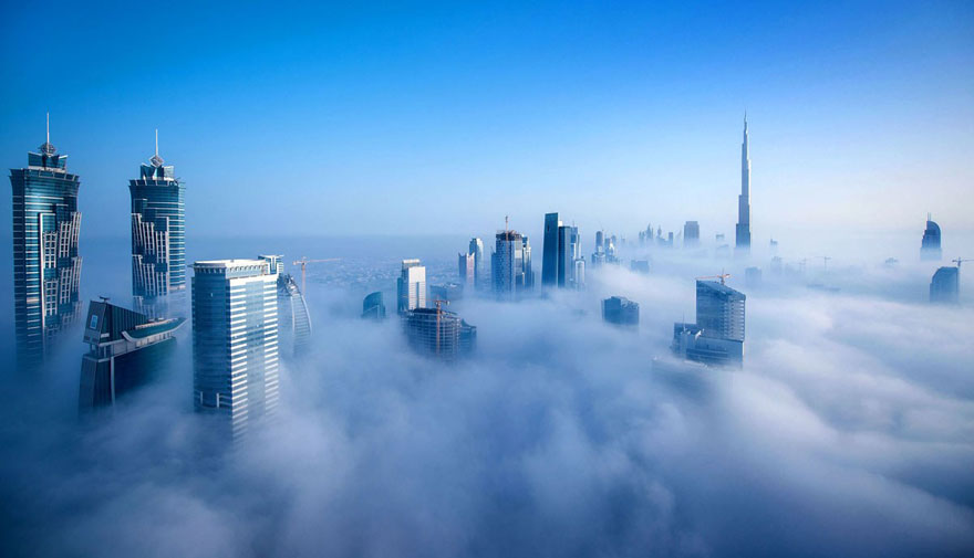 a-blaze-with-light-dubai-in-fog-sebastian-opitz-3
