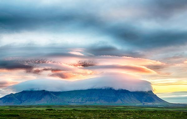 Amazing-lenticular-clouds-on-Earth-10-Snaefellsnes-Iceland-great-atmosphere