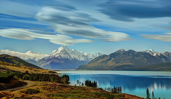 Amazing-lenticular-clouds-on-Earth-14-Lake-Pukaki-New-Zealand-great-atmosphere