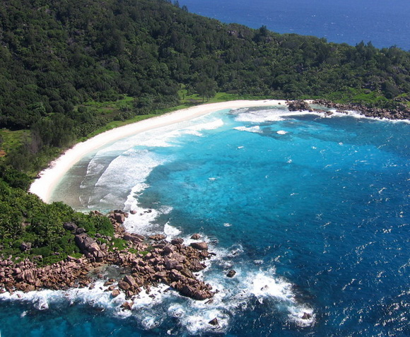 Anse Cocos-Seychelles-hidden-beaches-8-travel-great-atmosphere