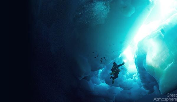 diving-under-ice-arctic-ocean-2-beautiful-blue-photography-great-atmosphere