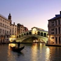 Great Atmosphere, Rialto Bridge, Venice, Italy