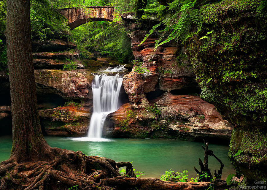 greatatmosphere-wordpress-travel-destination-amazing-Upper-Falls-Paradise-photography-Hocking-Hills-1