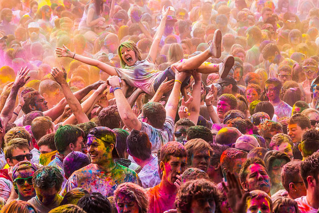 Holi-Festival-of-Colours-photos-great-atmosphere-travel