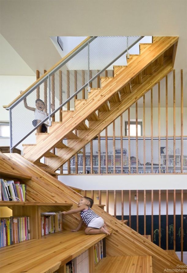 house-library-slide-by-Moon-Hoon-5-great-atmosphere-creative-photography