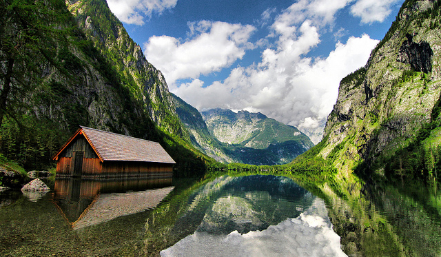 Konigsee-Lake-great-atmosphere-travel-destination-beautiful