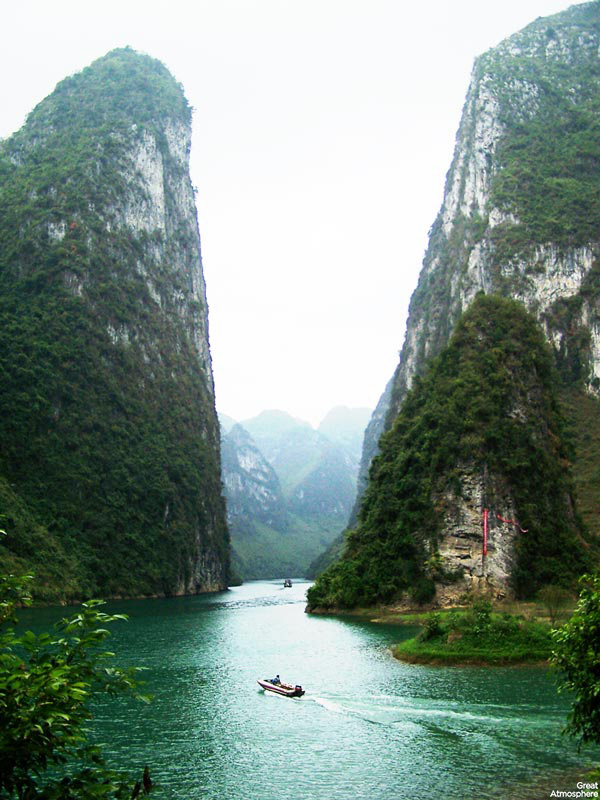 Li-river-china-river-for-poets-and-painters-9-great-atmosphere-travel-photography-amazing-nature