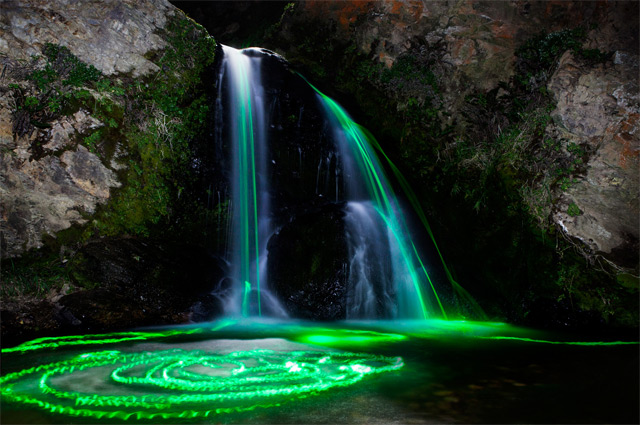 long-exposure-neon-waterfalls-photography-4-great-atmosphere-amazing-nature