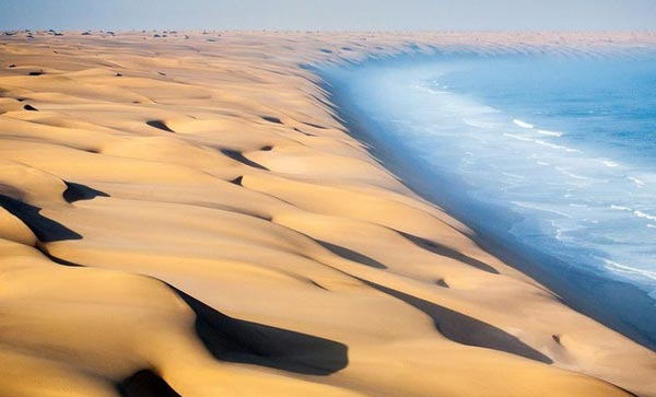 namibia-where-the-desert-meets-the-sea-1-great-atmosphere-travel-nature-photography