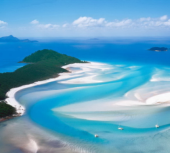 Whitehaven-Beach-Australia-hidden-beaches-4-travel-great-atmosphere