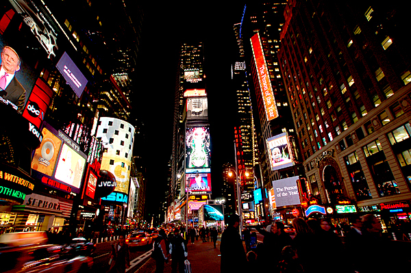 8-black-new-york-photography-great-atmosphere-beautiful-colours-of-the-world