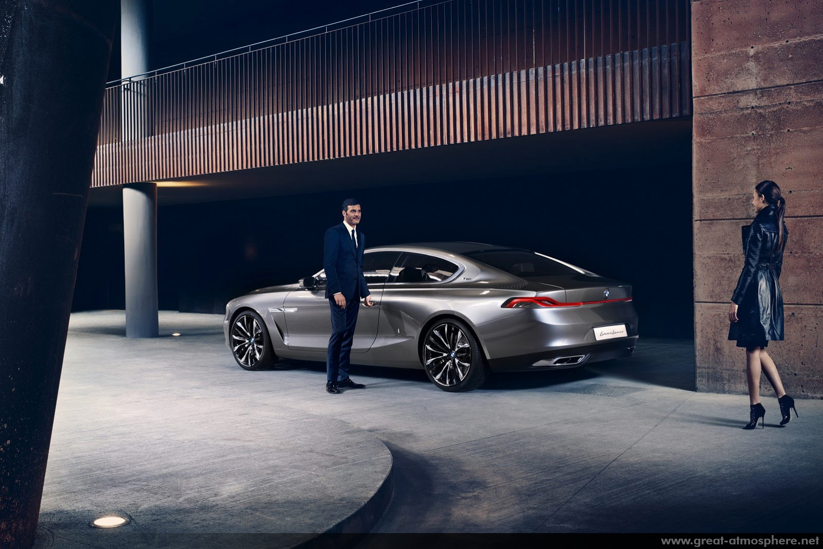 BMW-Pininfarina-Gran-Lusso-Coupe-2013-greatatmosphere-rear-photo