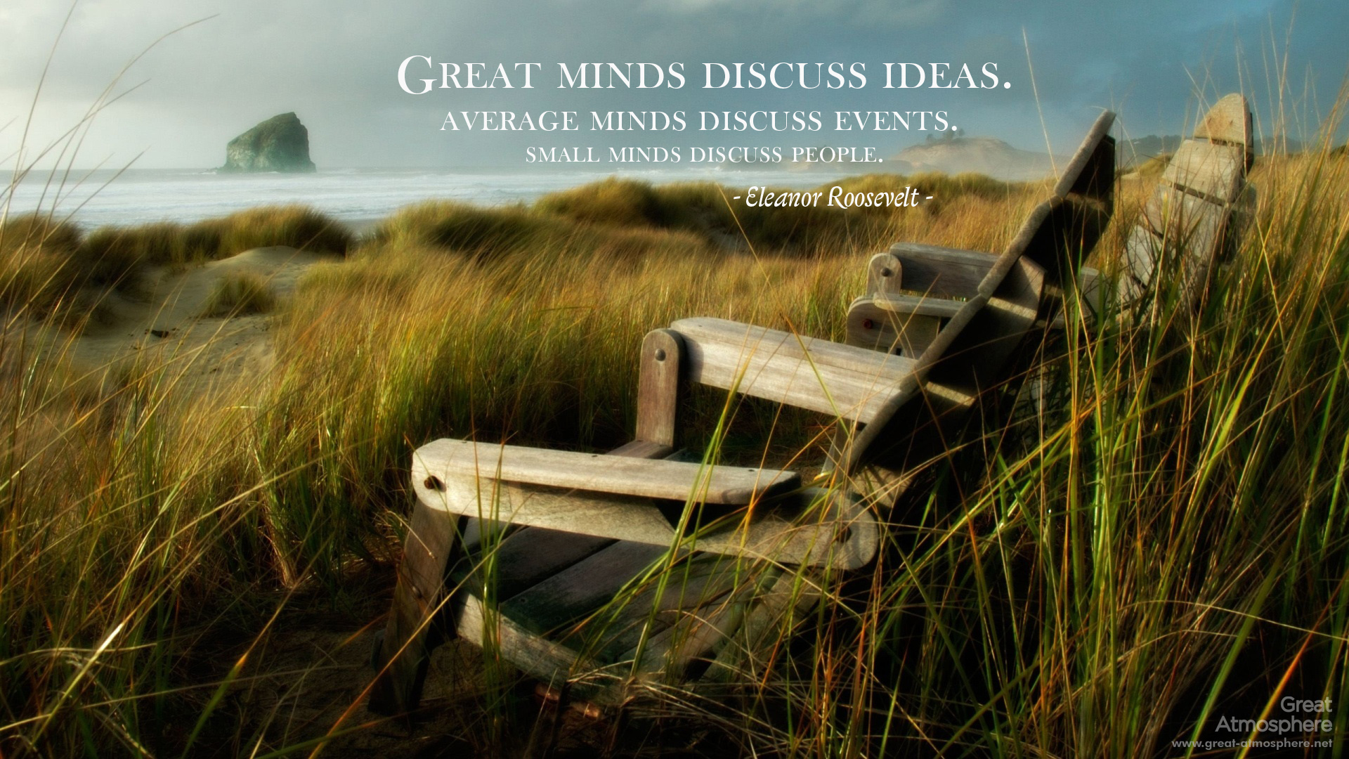 chair-by-beaches-quote-great-minds-discuss-ideas-sea-beautiful-brain-summer-great-atmosphere