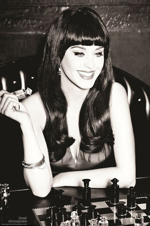 Katy-Perry-is-Beautiful-Playing-Chess-Katy-Perry-fashion-Photoshoot-2013
