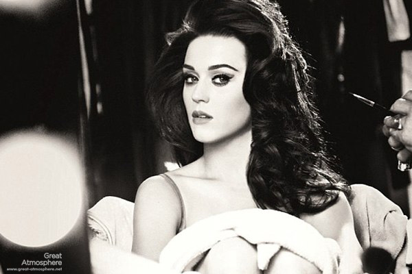 Katy-Perry-Photoshoot-2013-Katy-Perry-Has-Never-Looked-So-Beautiful
